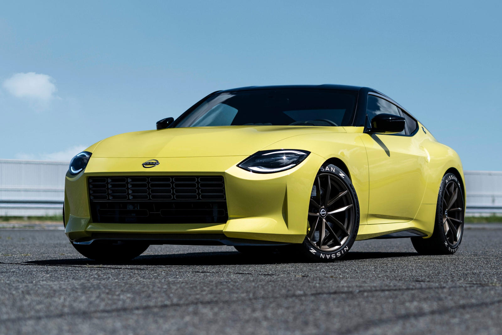 2021 Nissan 400Z: Review, Trims, Specs, Price, New Interior Features,  Exterior Design, and Specifications | CarBuzz