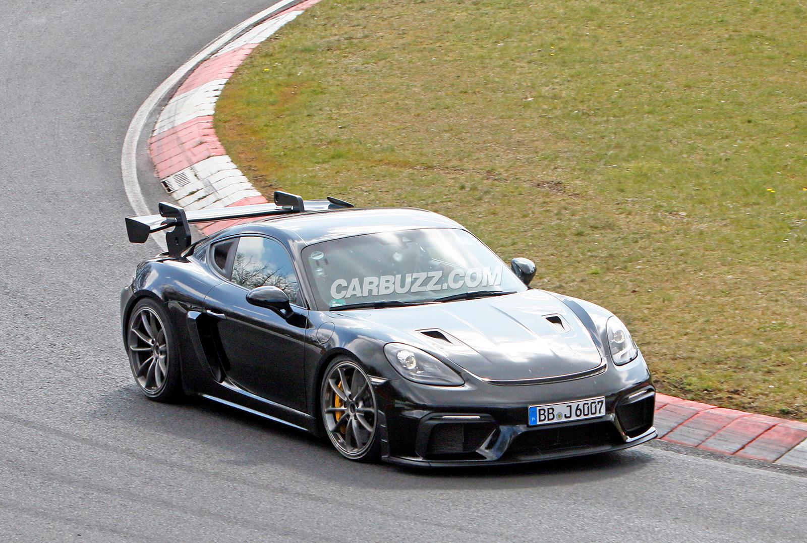 Porsche 718 Cayman GT4 RS Is Practically Naked In Latest