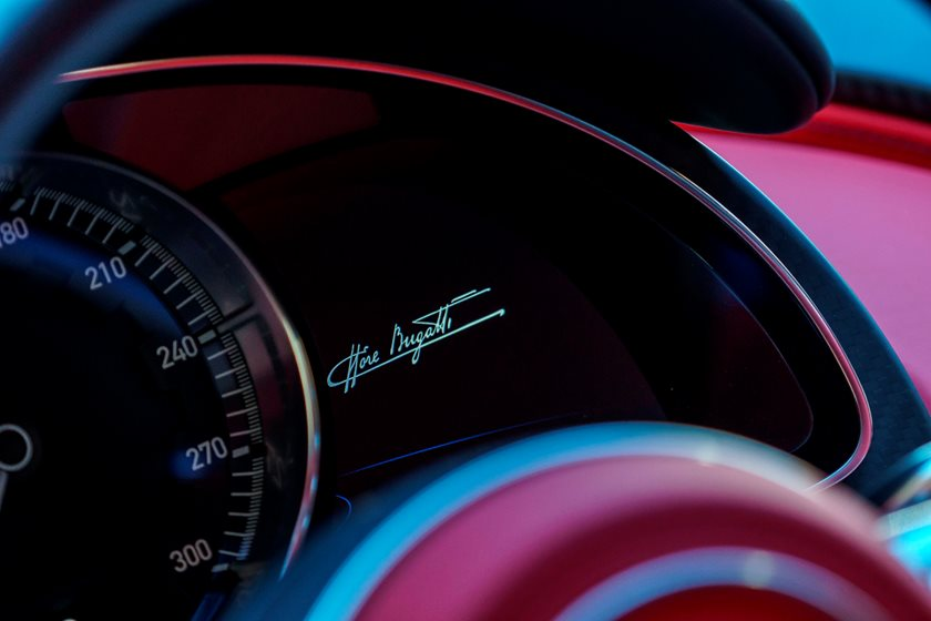 Bugatti Chiron Review, Trims, Specs and Price | CarBuzz