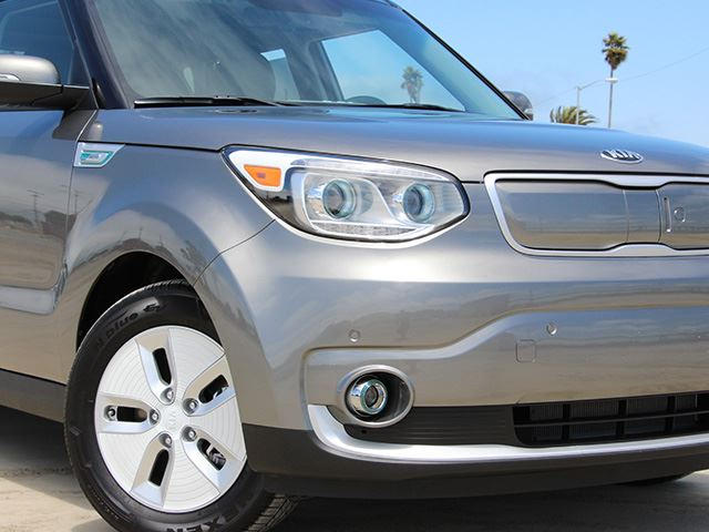 2016 Kia Soul Ev Review Trims Specs Price New Interior Features Exterior Design And Specifications Carbuzz
