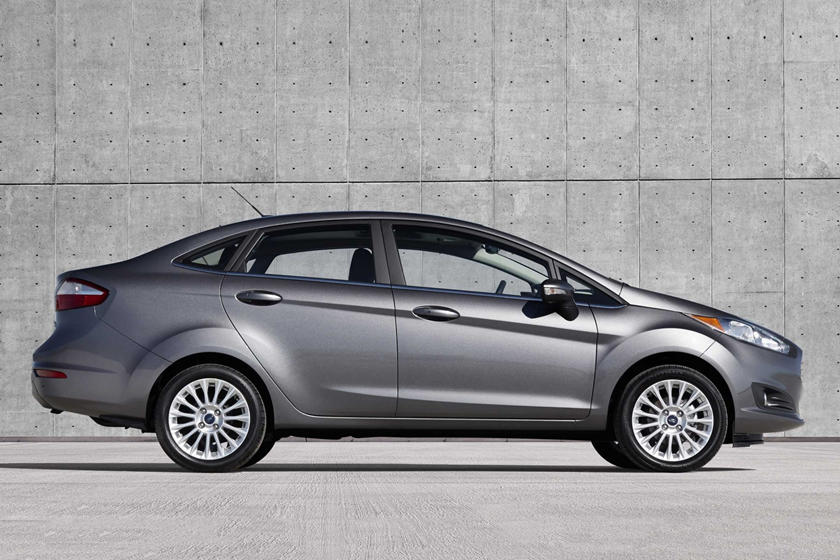 Ford Fiesta Sedan >> 2017 Ford Fiesta Sedan Review Trims Specs And Price Carbuzz