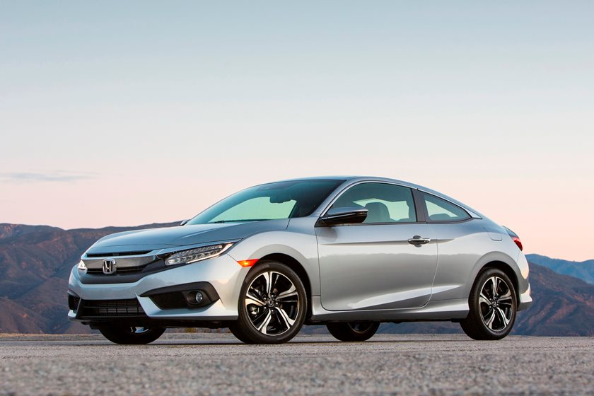 Honda Coupe 2017 >> 2017 Honda Civic Coupe Review Trims Specs And Price Carbuzz