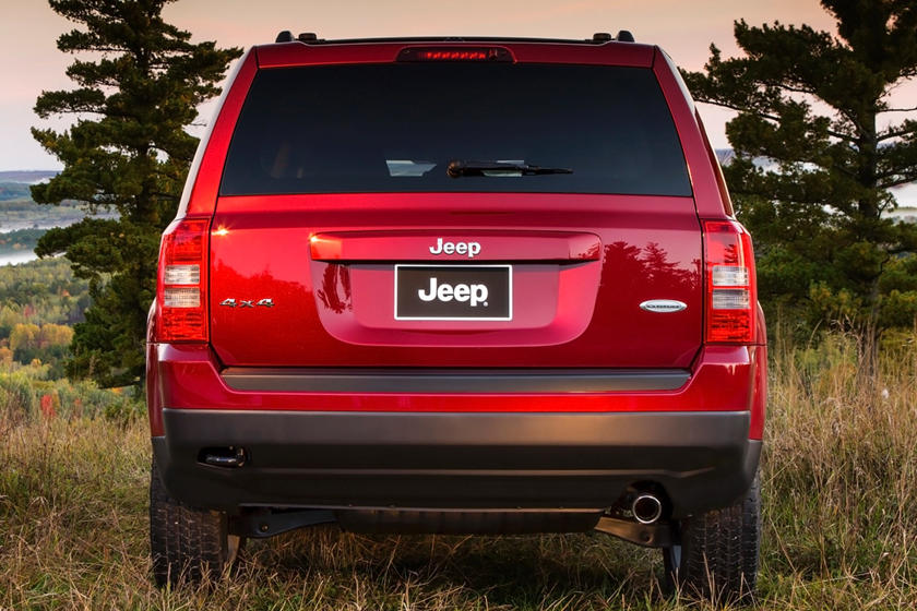 2017 Jeep Patriot Review, Trims, Specs and Price | CarBuzz