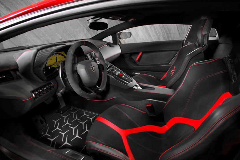 2017 Lamborghini Aventador Sv Review Trims Specs And Price Carbuzz