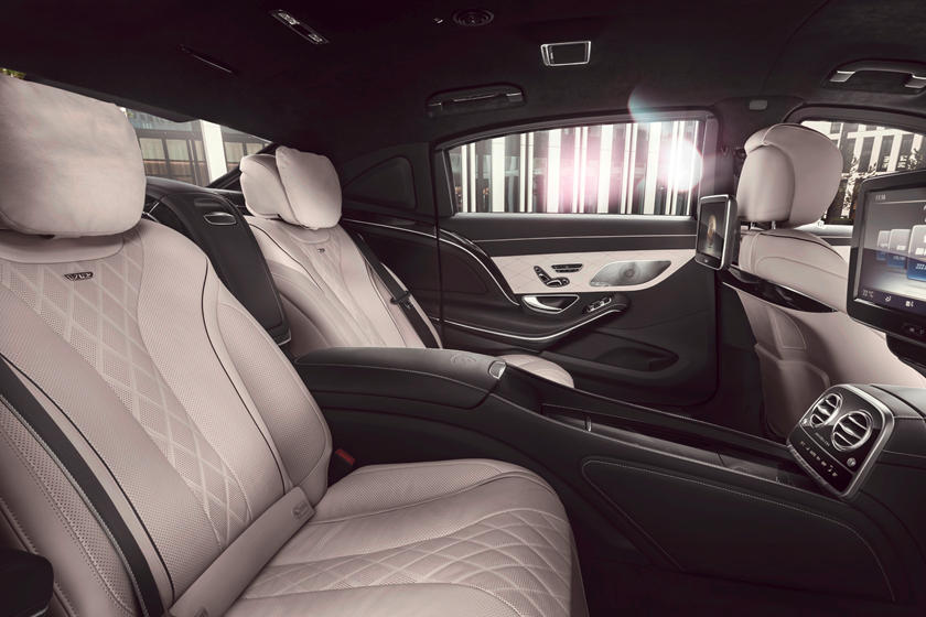 2017 Mercedes Benz Maybach S Review Trims Specs And Price Carbuzz
