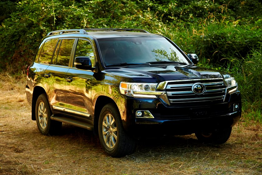 2017 Toyota Land Cruiser Review Trims Specs And Price Carbuzz