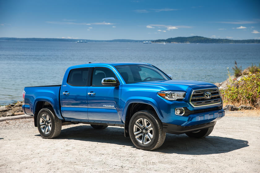 2017 Toyota Tacoma Review, Trims, Specs and Price | CarBuzz