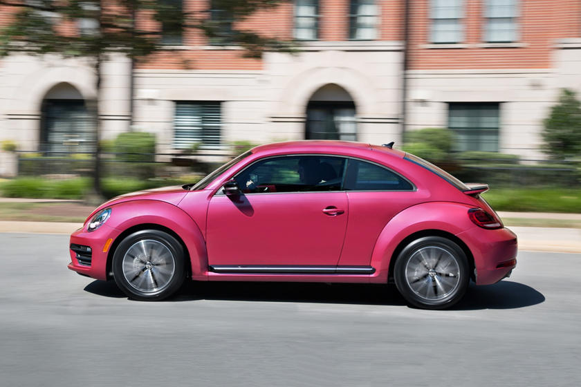 volkswagen beetle hatchback carbuzz exterior