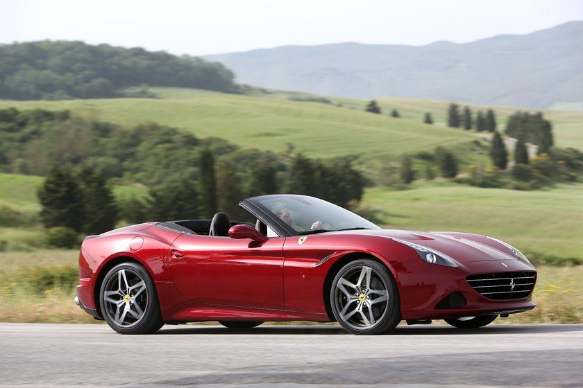 2018 Ferrari California T Review Trims Specs And Price Carbuzz