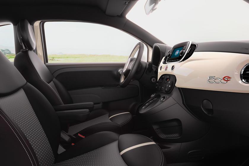 2018 Fiat 500e Review, Trims, Specs and Price | CarBuzz