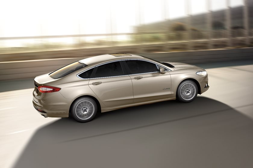 2018 Ford Fusion Hybrid Review Trims Specs And Price Carbuzz