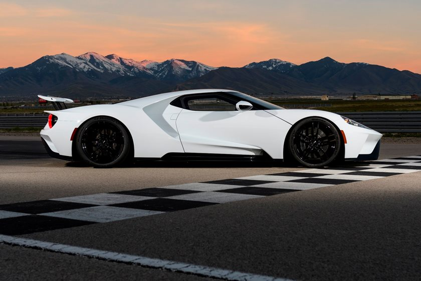2018 Ford Gt Review Trims Specs And Price Carbuzz
