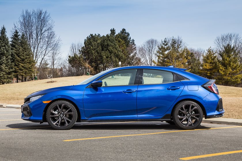 2018 Honda Civic Hatchback Review Price Specs And Trims Carbuzz