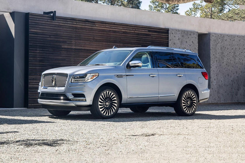 2018 Lincoln Navigator Review Trims Specs And Price Carbuzz