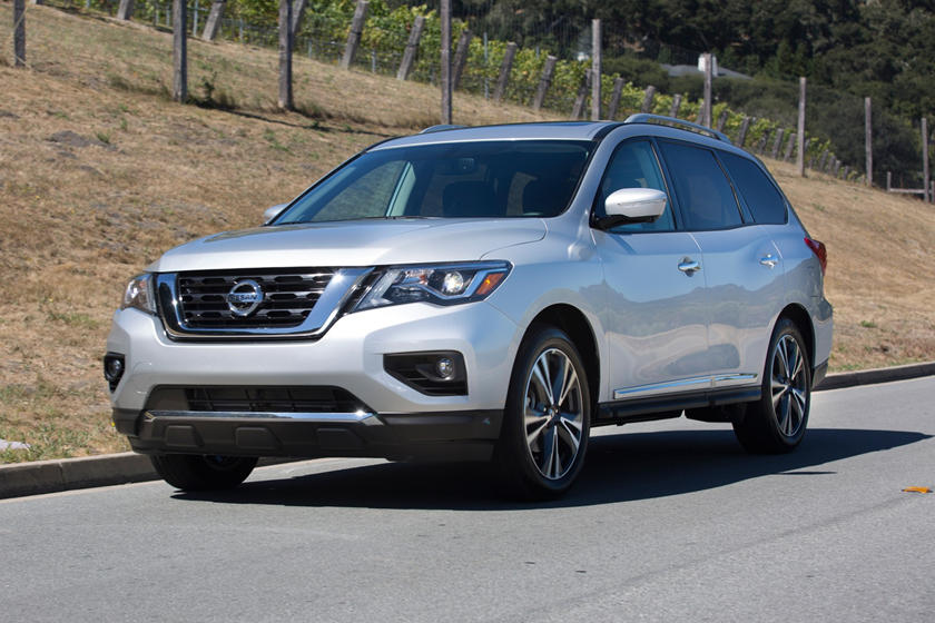 2018 Nissan Pathfinder: Changes, Specs, MPG, Price >> 2018 Nissan Pathfinder Review Trims Specs And Price Carbuzz