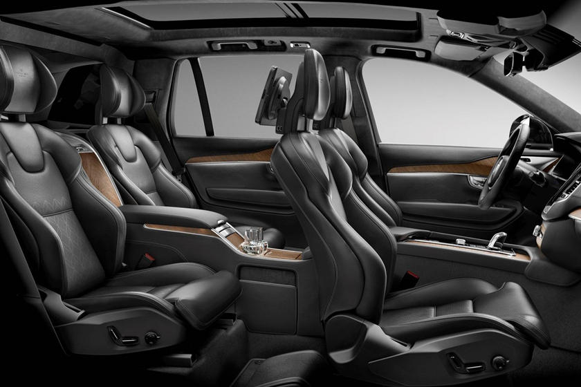 2018 Volvo Xc90 Hybrid Review Trims Specs And Price Carbuzz