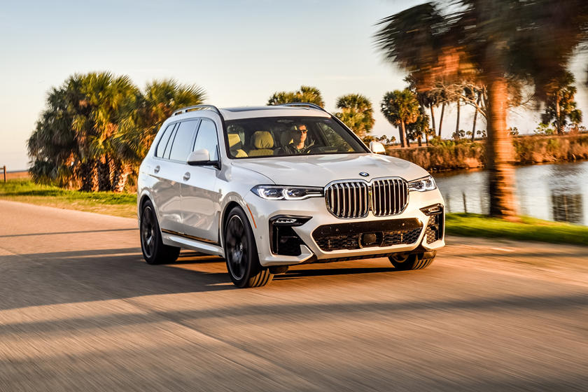 2019 Bmw X7 Review Trims Specs And Price Carbuzz