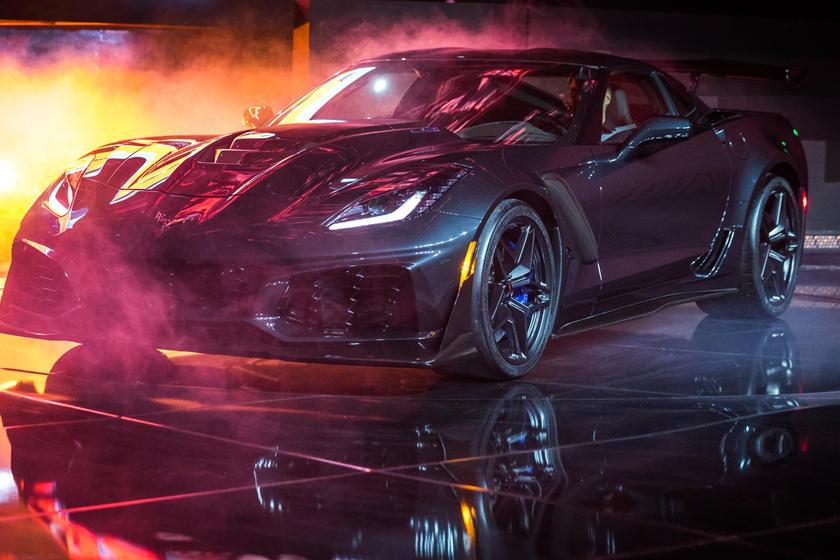 2019 Chevrolet Corvette Zr1 Coupe Review Trims Specs Price