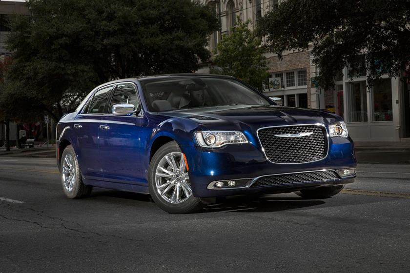 2019 Chrysler 300 Review, Trims, Specs and Price | CarBuzz