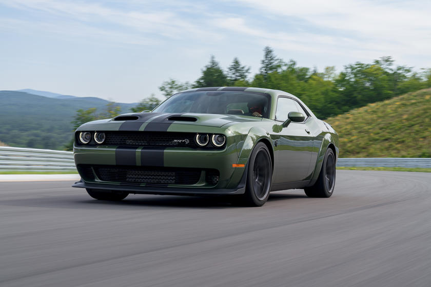 Dodge Charger Hellcat Price >> 2019 Dodge Challenger Srt Hellcat Review Trims Specs And