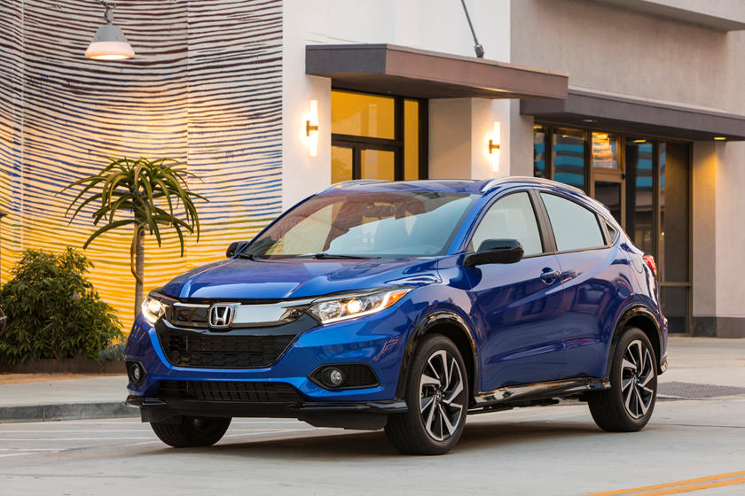 2019 Honda HR-V: Updates, Design, Price >> 2019 Honda Hr V Review Trims Specs And Price Carbuzz