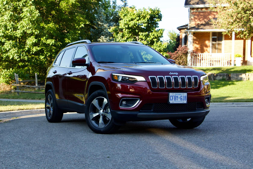 2019 Jeep Cherokee: Prettier And Turbocharged >> 2019 Jeep Cherokee Review Trims Specs And Price Carbuzz