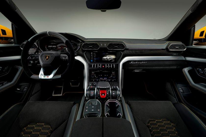 Lamborghini Suv Price >> 2019 Lamborghini Urus Review Trims Specs And Price Carbuzz