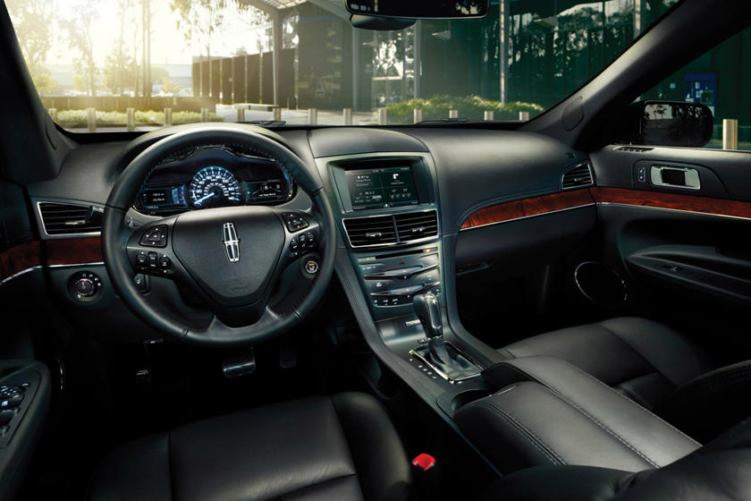 2019 Lincoln Mkt Review Trims Specs Price New Interior Features Exterior Design And Specifications Carbuzz