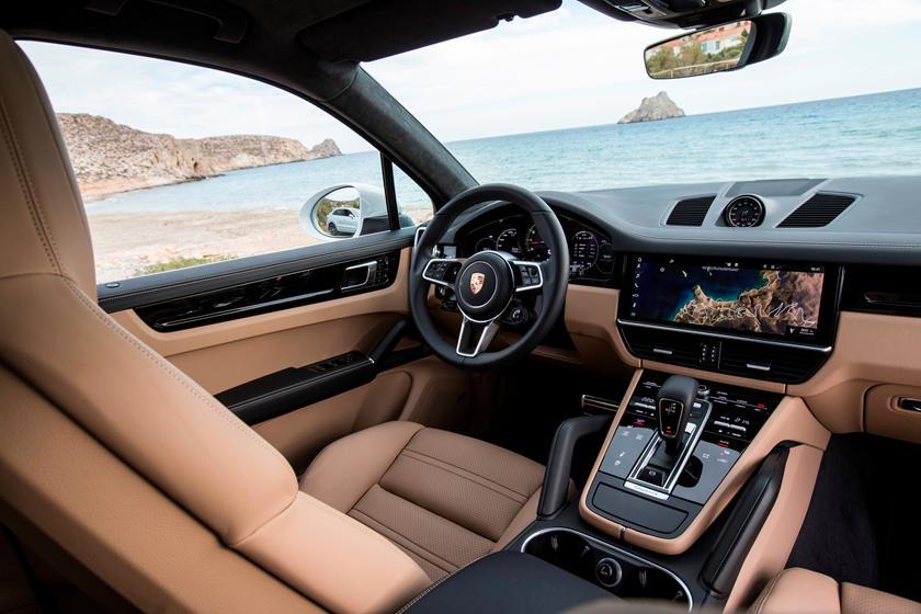 2019 Porsche Cayenne Interior Photos