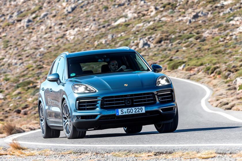 2019 Porsche Cayenne Turbo: Performance, Design, Price >> 2019 Porsche Cayenne Review Trims Specs And Price Carbuzz