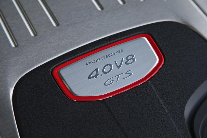 2019 Porsche Panamera Review, Trims, Specs and Price | CarBuzz