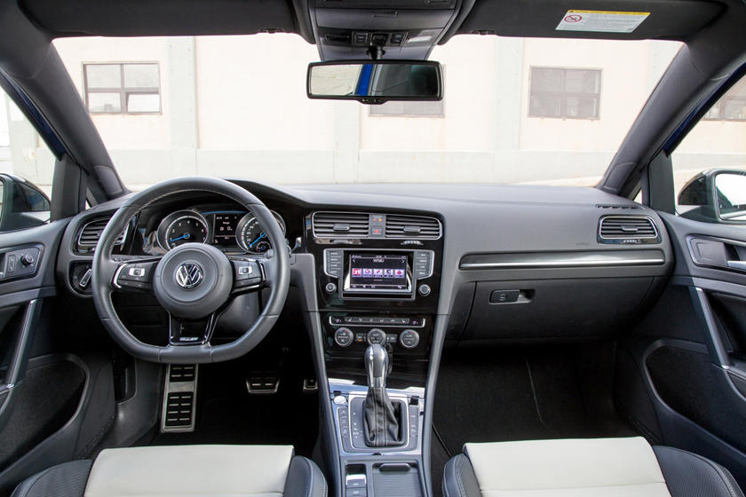 2019 Volkswagen Golf R Interior Photos Carbuzz