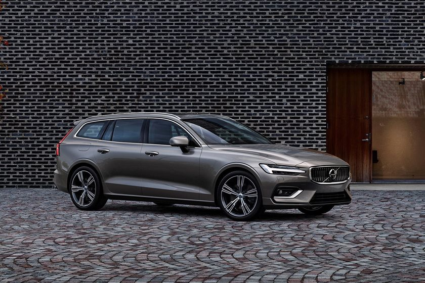 2019 Volvo V60 Review, Trims, Specs and Price | CarBuzz