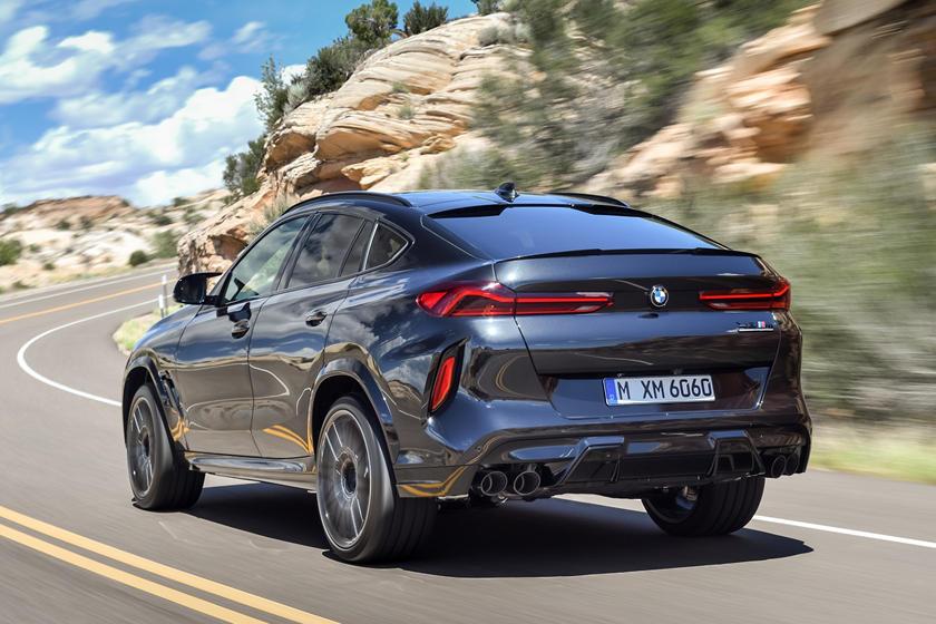 2020 BMW X6 M 2020 BMW X6 M Rear View Driving