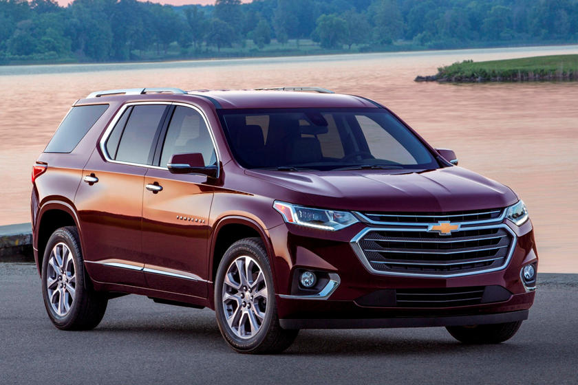 2020 Chevrolet Traverse New Chevy Traverse Suv Reviews Price Specs Trims New Interior Features Exterior Design And Specifications Carbuzz