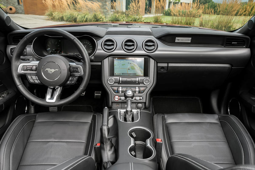 Get 2020 Ford Mustang Convertible Interior