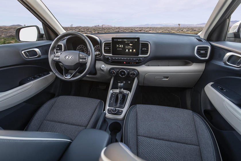 2020 Hyundai Venue: Design, Specs, Equipment, Price >> 2020 Hyundai Venue Review Trims Specs And Price Carbuzz