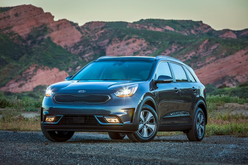 2020 Kia Niro Plug In Hybrid Review Trims Specs Price New Interior Features Exterior Design And Specifications Carbuzz