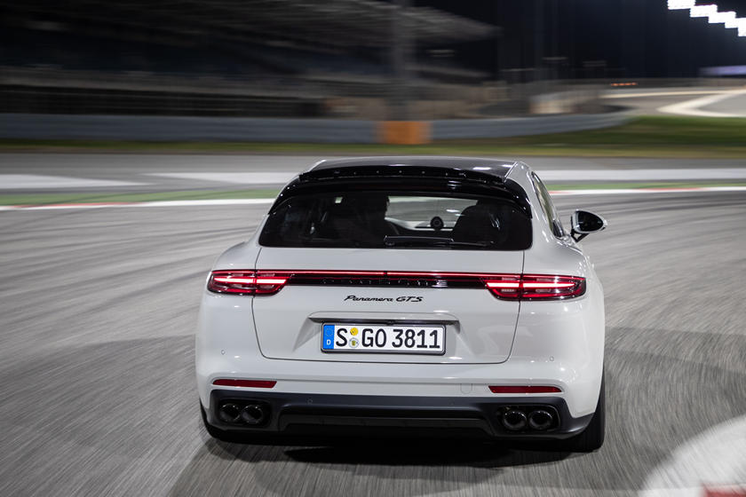 2020 Porsche Panamera Sport Turismo: Review, Trims, Specs ...