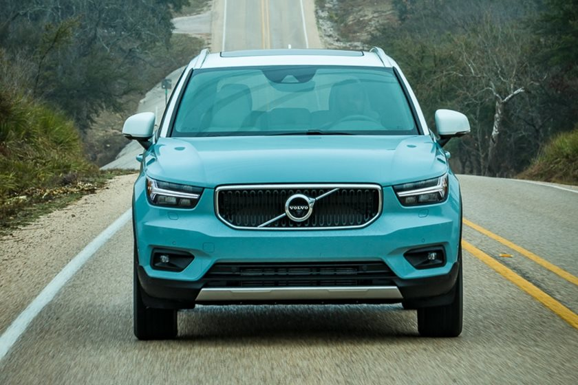 2020 Volvo Xc40 Review Trims Specs And Price Carbuzz