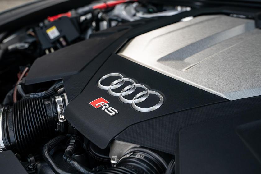 2021 Audi RS6 Avant Exterior Photos | CarBuzz