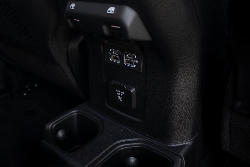 2021 jeep gladiator interior photos | carbuzz