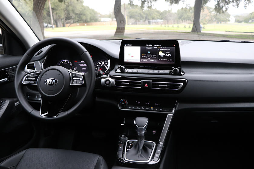 2021 Kia Seltos Review Trims Specs Price New Interior Features Exterior Design And Specifications Carbuzz