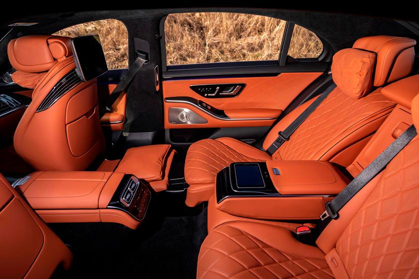 2021-mercedes-benz-s-class-sedan-carbuzz-862298.jpg