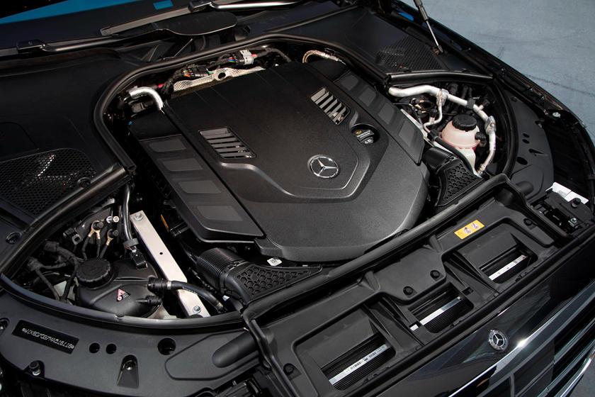2021-mercedes-benz-s-class-sedan-carbuzz-862304.jpg
