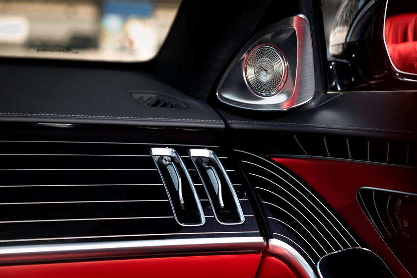 2021-mercedes-benz-s-class-sedan-carbuzz-862305.jpg