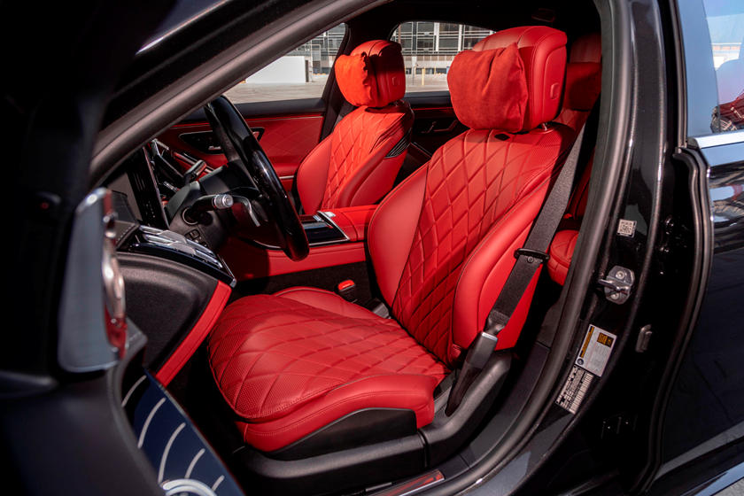 2021-mercedes-benz-s-class-sedan-carbuzz-862306.jpg