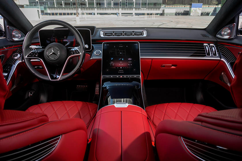 2021-mercedes-benz-s-class-sedan-carbuzz-862307.jpg