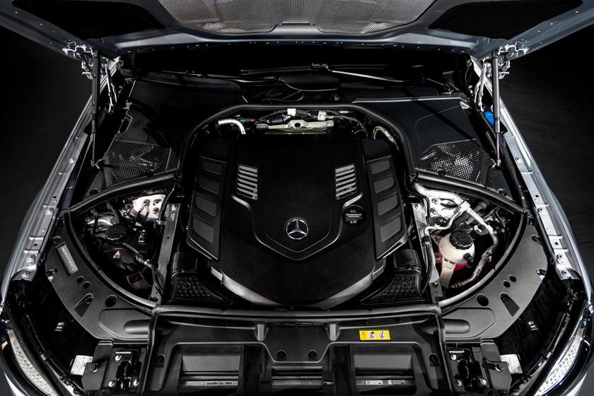 2021-mercedes-benz-s-class-sedan-carbuzz-862325.jpg
