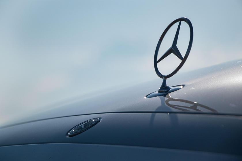 2021-mercedes-benz-s-class-sedan-carbuzz-862356.jpg